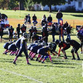 8th grade football on the line. |photo by: Hannah Davis