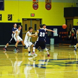 JV Boys Basketball versing Lakewood.| Photo by Sabreena Soliz